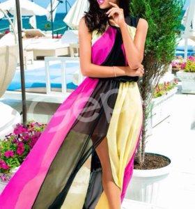 Новое трехцветное платье