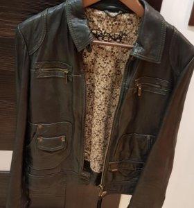 Кожаная куртка Naf naf