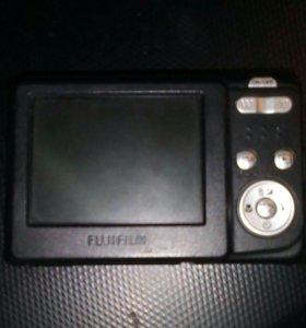Фотоаппарат Finepix C10