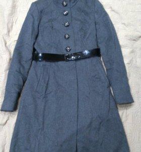 Пальто шерстянное