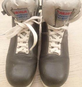 Лыжные ботинки 41 р