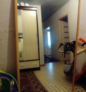 Продам зеркало. Высота 160 см, ширина 100 см.