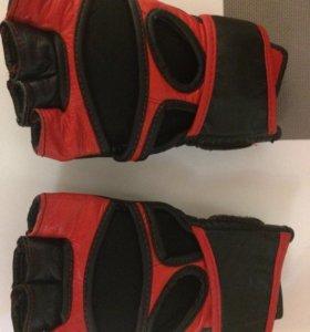 Перчатки или обменяю на дет боксерские