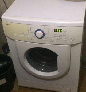Узкая стиральная машинка LG