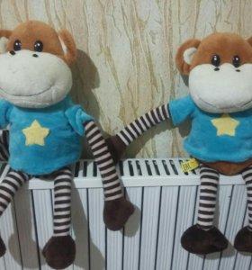 Игрушки(обезьянки)