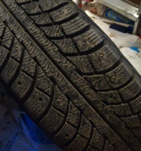 Зимние шины с дисками р15 4шт