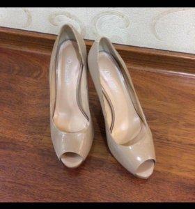 Туфли ,размер 38,как новые