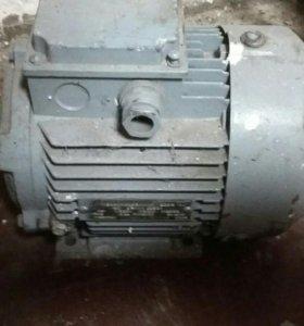 Электродвигатели 1,5 и 1,15 кВт