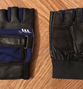 Перчатки для водителей авто, мото и др. техники