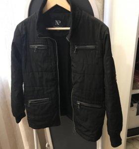 Осенняя куртка 146-152размер