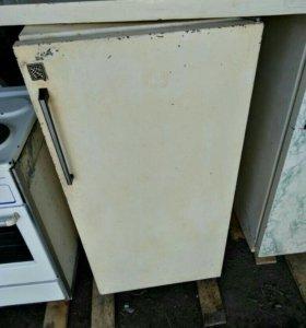 Срочно! Продам холодильник
