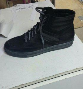 Ботинки мужские новые кожаные