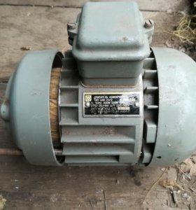 Электродвигатель асинхронный 220/380v