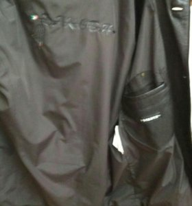 Кожаная куртка 48