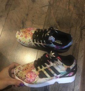 Кроссовки adidas и ветровка adidas