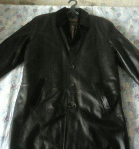 Мужской кожаный пальто