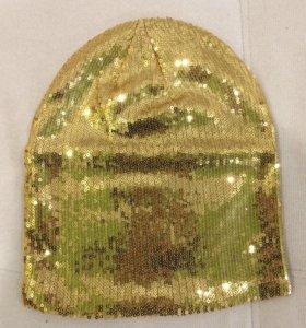 Новая шапка с пайетками