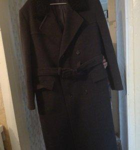 Драповое мужское пальто