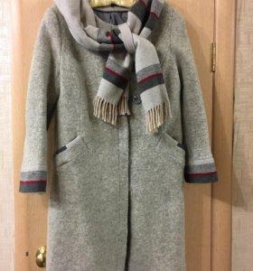 Пальто утеплённое осеннее