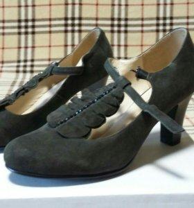 Новые туфли (замша) р. 36