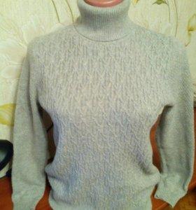 Женский свитер, размер 42