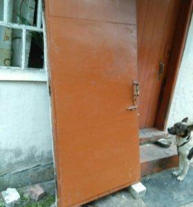 Дверь б /у
