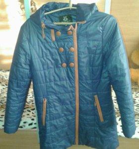 Куртка осенняя размер 44-46