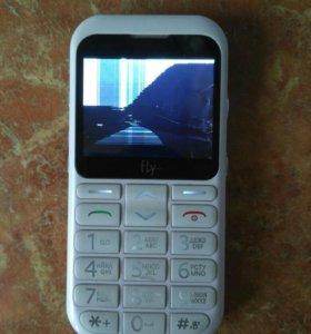Телефон мобильный Fly Ezzy4