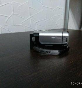 Видеокамера Sony DCR-SX63 silver