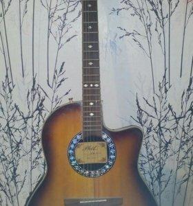 Продам гитару phil