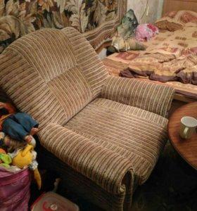 Кресло- кровать 2 шт.