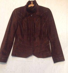 Замшевая женская куртка 44-46