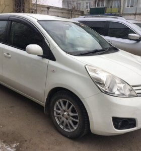 Nissan Note 2011 г.