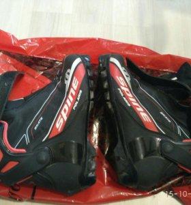 Лыжные ботинки 39,5 размер spine