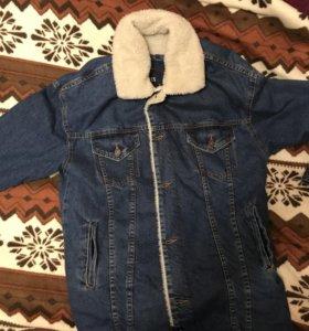 Джинсовая зимняя куртка(Zara) овчинный мех