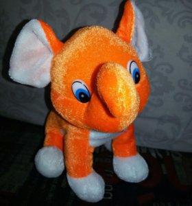 Оранжевый Слон. Игрушка мягкая.