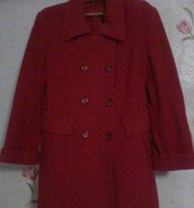 Женское пальто--куртка---плащ!!!