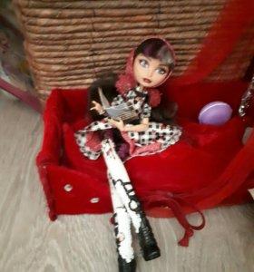 Кукла из серии Эверафтер Хай из весенней коллекции
