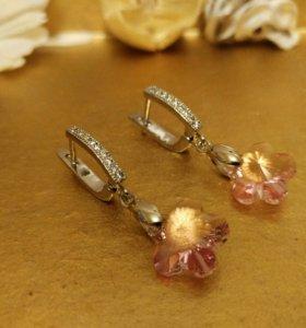 Серьги с розовым кристаллом сваровски