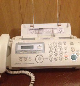 Телефон факс Panasonic KX-FP218