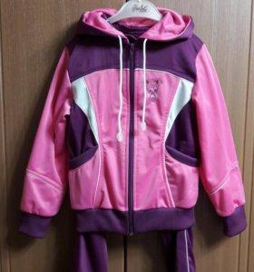 Спортивный костюм для девочки р.4-5 лет