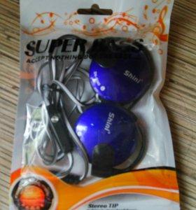 Новые стильные наушники с микрофоном