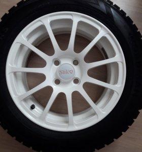 Зимние колёса R15.