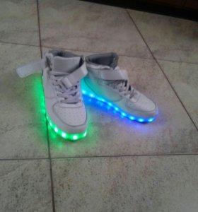 LED кросовки (светящиеся кросовки)