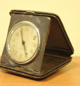 Швейцарские дорожные часы swiss made