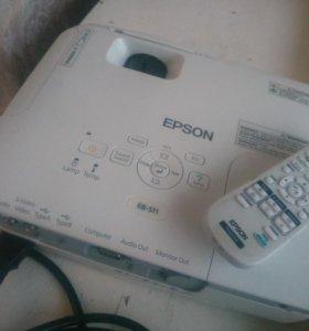 Проектор Epson с экранном Эпсон EB-S11