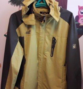 Куртка демисезонная jack wolfskin на 56 размер