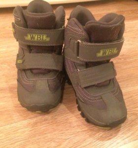 Ботинки зимние на мальчика, размер 30, с шипами