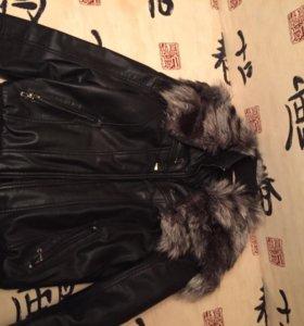 Кожаная утеплённая куртка воротник из чернобурки