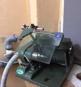 Шлифовально-обрезной аппарат Demco Gringer